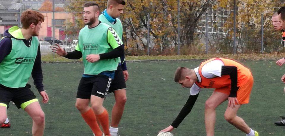 """""""III Mistrzostwa ZSI w Piłce Nożnej o Puchar Dyrektora"""" zakończone – 2CT ponownie mistrzami."""